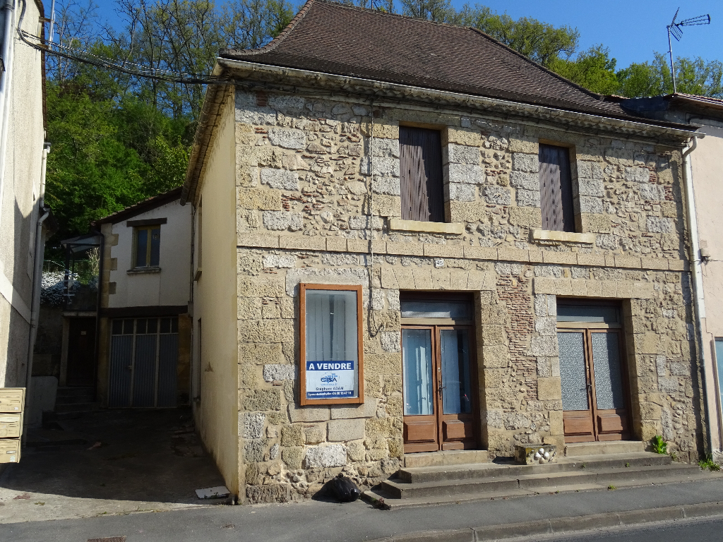 PROCHE BERGERAC, LOCAL COMMERCIAL + HABITATION