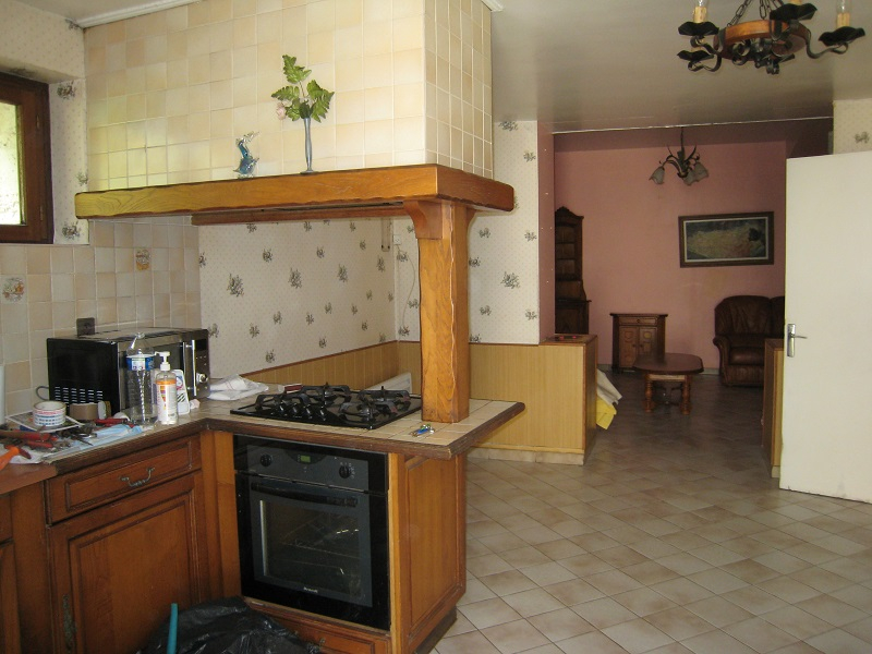 PROCHE BERGERAC, LOCAL COMMERCIAL + HABITATION 3/14